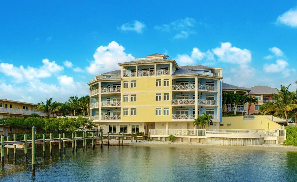 Coopérative / Condo pour l Vente à 309 E Ocean Avenue 309 E Ocean Avenue Lantana, Florida 33462 États-Unis