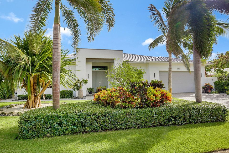 New Home for sale at 218 Bamboo Road in Palm Beach Shores