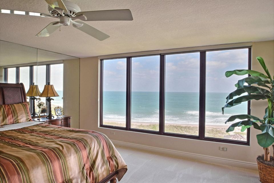 Additional photo for property listing at 4400 N Hwy A1a  # 5  Hutchinson Island, Florida 34949 United States