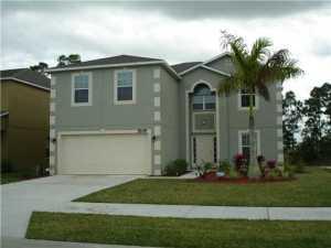 Casa para uma família para Venda às 5249 Wisk Fern Circle 5249 Wisk Fern Circle Port St. Lucie, Florida 34986 Estados Unidos