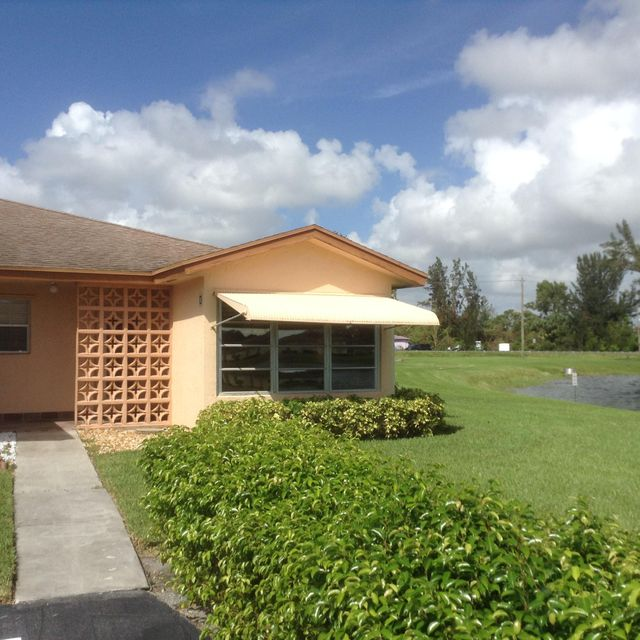 Additional photo for property listing at 14509 Canalview Drive 14509 Canalview Drive Delray Beach, Florida 33484 Estados Unidos