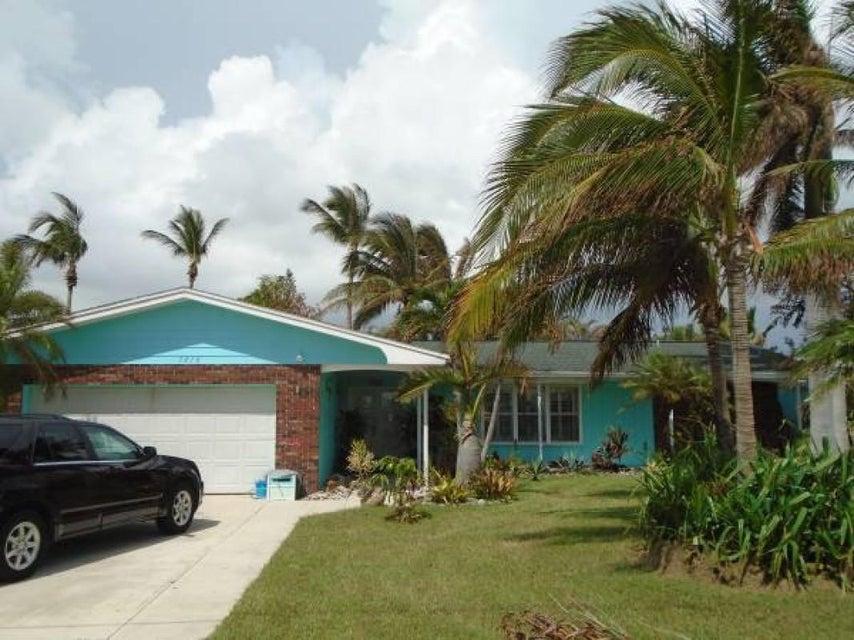 1610 Bahia Drive