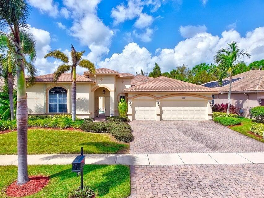 واحد منزل الأسرة للـ Sale في 1851 Waldorf Drive 1851 Waldorf Drive Royal Palm Beach, Florida 33411 United States