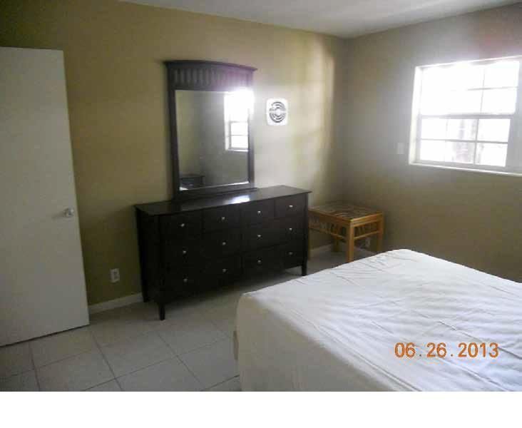Additional photo for property listing at 2405 Lake Drive 2405 Lake Drive West Palm Beach, Florida 33404 Estados Unidos