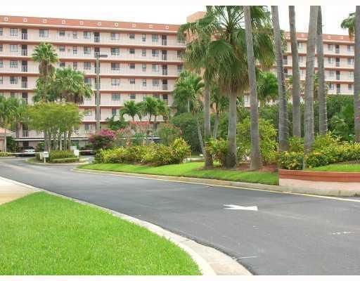 Co-op / Condo for Rent at 7380 S Oriole Boulevard 7380 S Oriole Boulevard Delray Beach, Florida 33446 United States