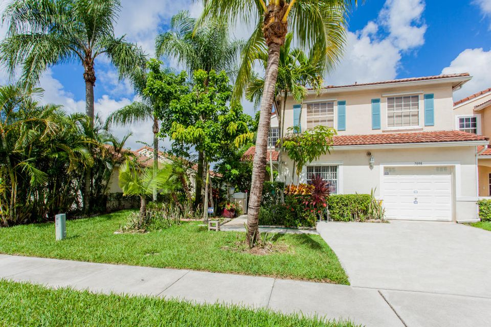 Townhouse for Sale at 7098 Burgess Drive 7098 Burgess Drive Lake Worth, Florida 33467 United States
