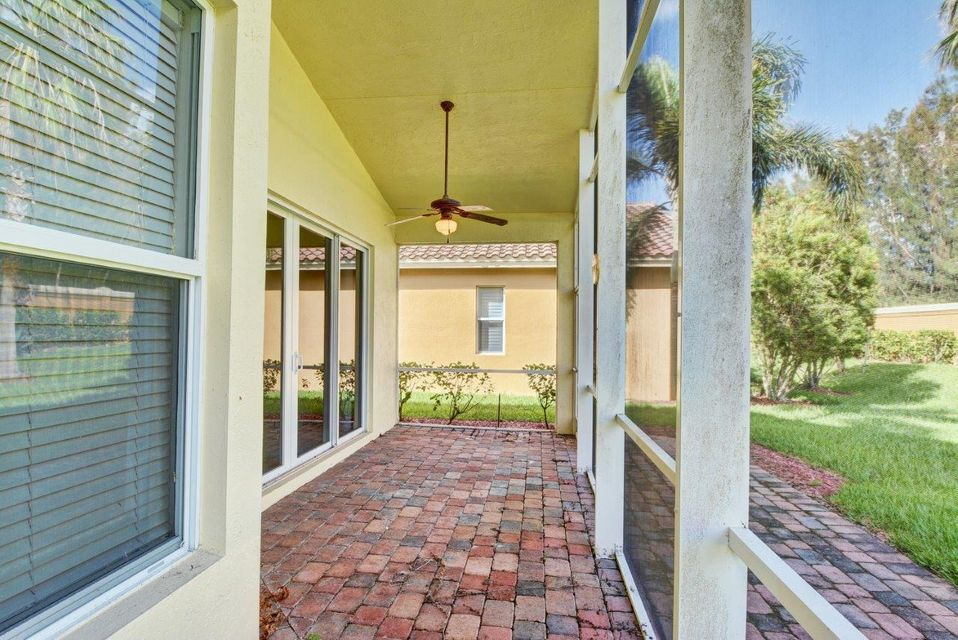 Additional photo for property listing at 11676 SW Mountain Ash Circle 11676 SW Mountain Ash Circle Port St. Lucie, Florida 34987 United States