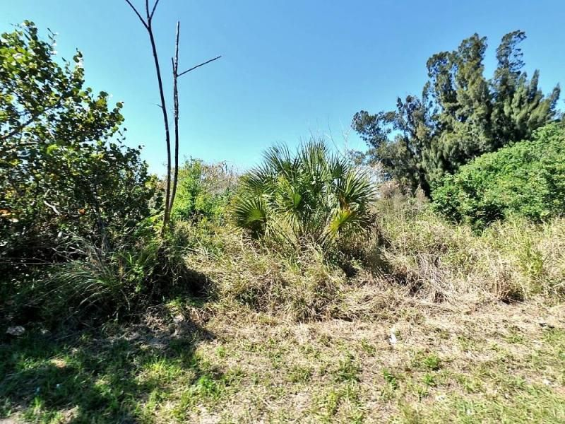 Commercial Land for Sale at 1903 S 37th S Street S 1903 S 37th S Street S Fort Pierce, Florida 34950 United States