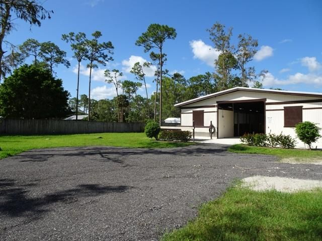 Additional photo for property listing at 13161 Casey Road 13161 Casey Road Loxahatchee Groves, Florida 33470 United States