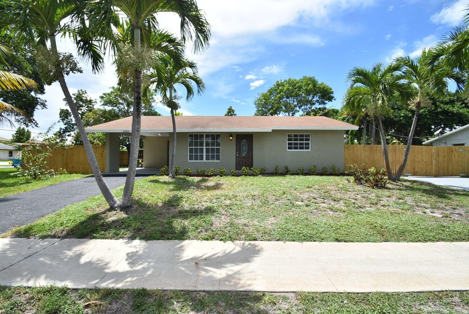 Additional photo for property listing at 3409 SE 4th Street 3409 SE 4th Street Boynton Beach, Florida 33435 United States