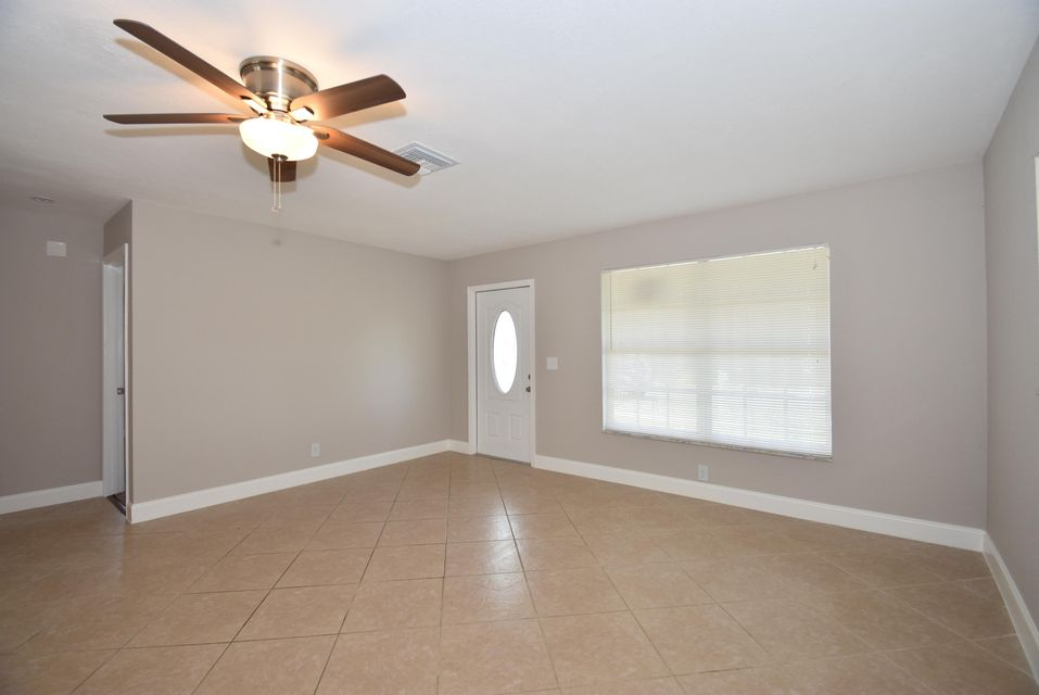 Additional photo for property listing at 3409 SE 4th Street 3409 SE 4th Street Boynton Beach, Florida 33435 Vereinigte Staaten