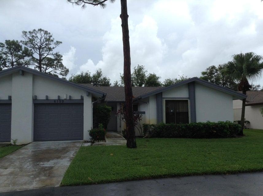 Villa por un Venta en 6159 Elsinore Circle 6159 Elsinore Circle Greenacres, Florida 33463 Estados Unidos