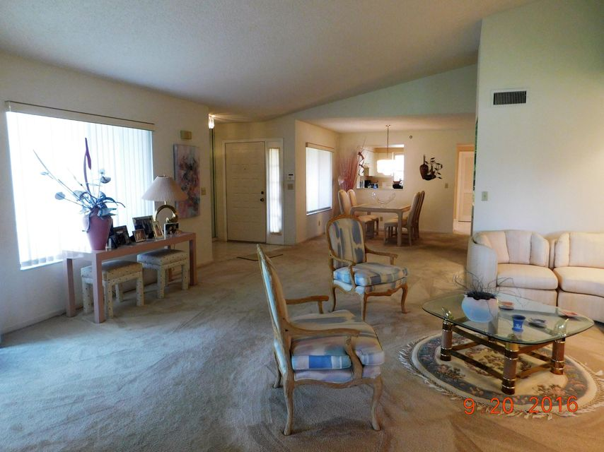 Additional photo for property listing at 15315 Strathearn Drive 15315 Strathearn Drive 德尔雷比奇海滩, 佛罗里达州 33446 美国