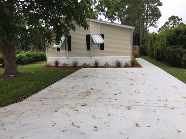 Mobile / Fabricant pour l Vente à 5394 SE Celestial Circle 5394 SE Celestial Circle Stuart, Florida 34997 États-Unis