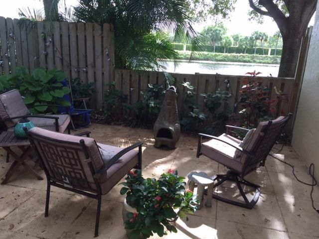 Additional photo for property listing at 2936 SW 22nd Circle 2936 SW 22nd Circle Delray Beach, Florida 33445 United States