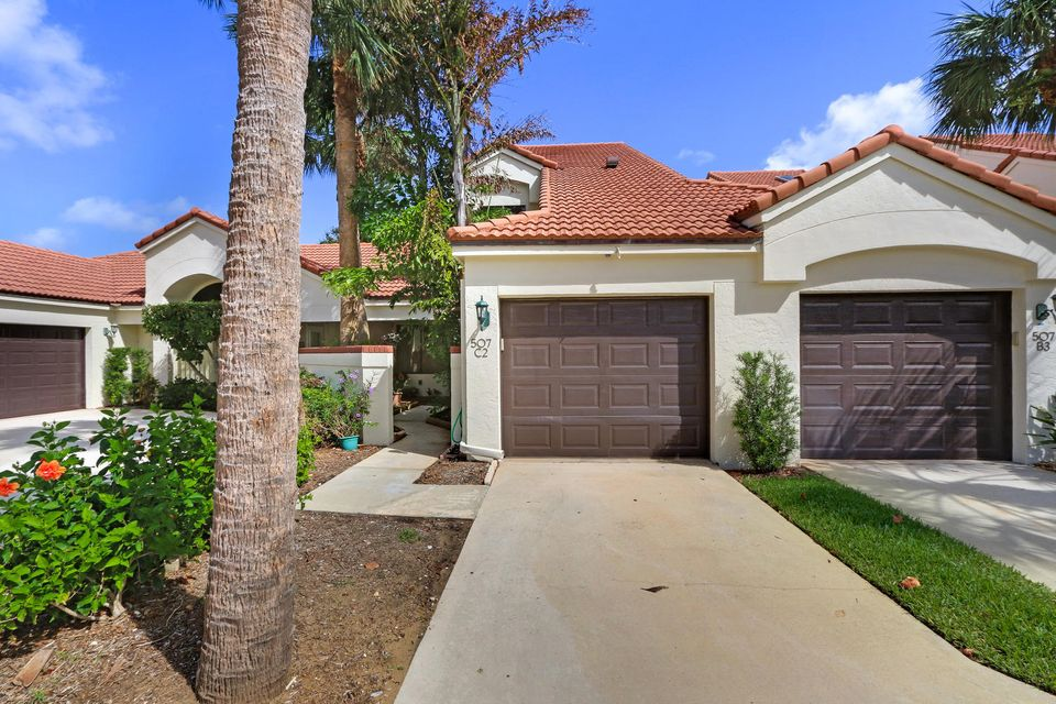 Townhouse for Sale at 507 Sea Oats Drive 507 Sea Oats Drive Juno Beach, Florida 33408 United States