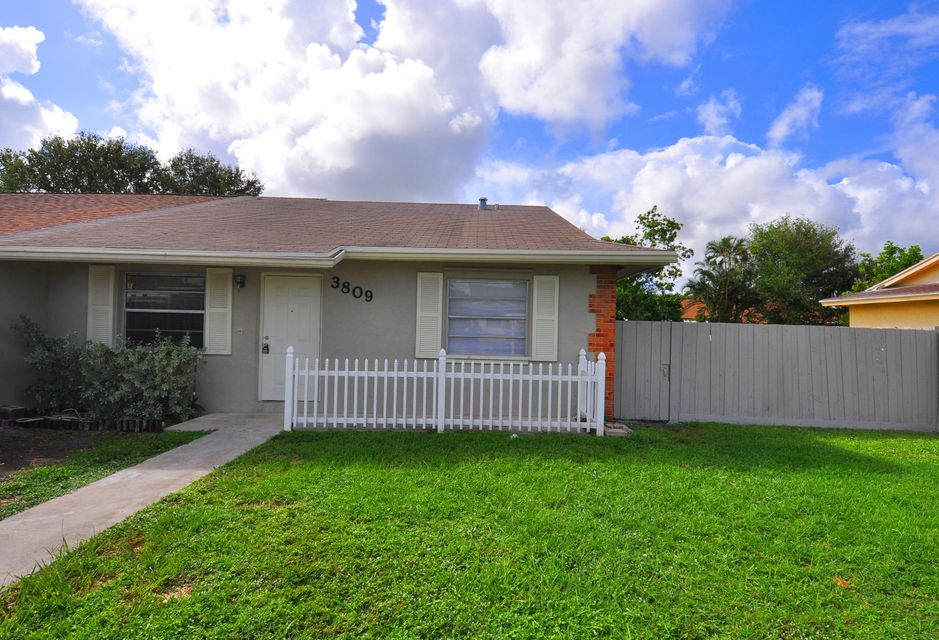 Homes for sale in the Allamanda Elementary School area in West Palm ...