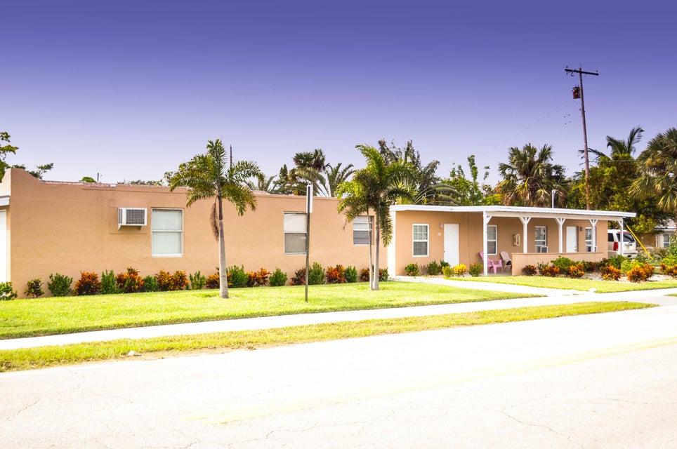 Triplex for Sale at 207 Broadway 207 Broadway Lantana, Florida 33462 United States