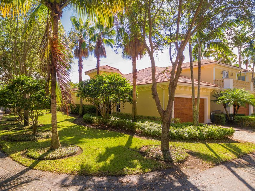 101 Renaissance Drive , Palm Beach Gardens FL 33410 is listed for sale as MLS Listing RX-10370847 25 photos