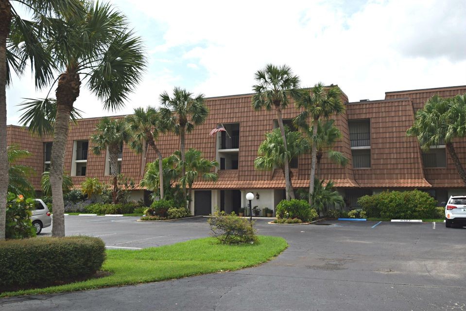 Co-op / Condo for Sale at 3100 SE Pruitt Road 3100 SE Pruitt Road Port St. Lucie, Florida 34952 United States