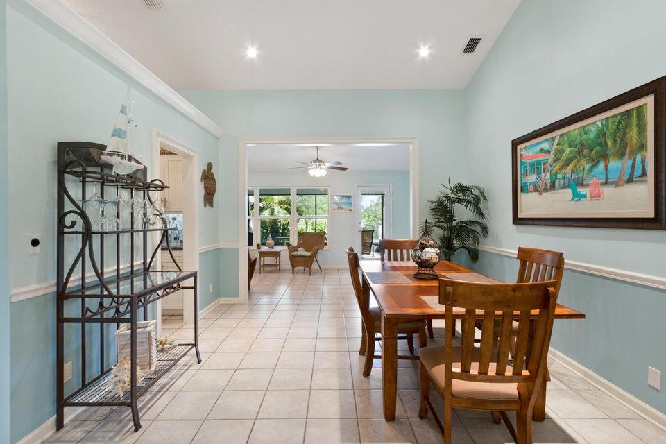 633 East Drive Delray Beach, FL 33445 - photo 5