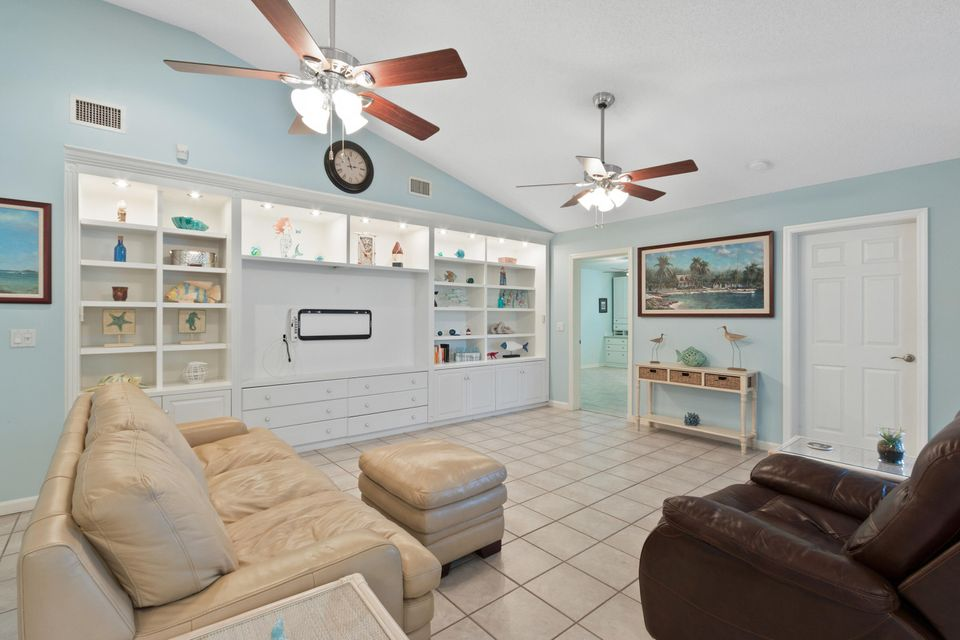 633 East Drive Delray Beach, FL 33445 - photo 11
