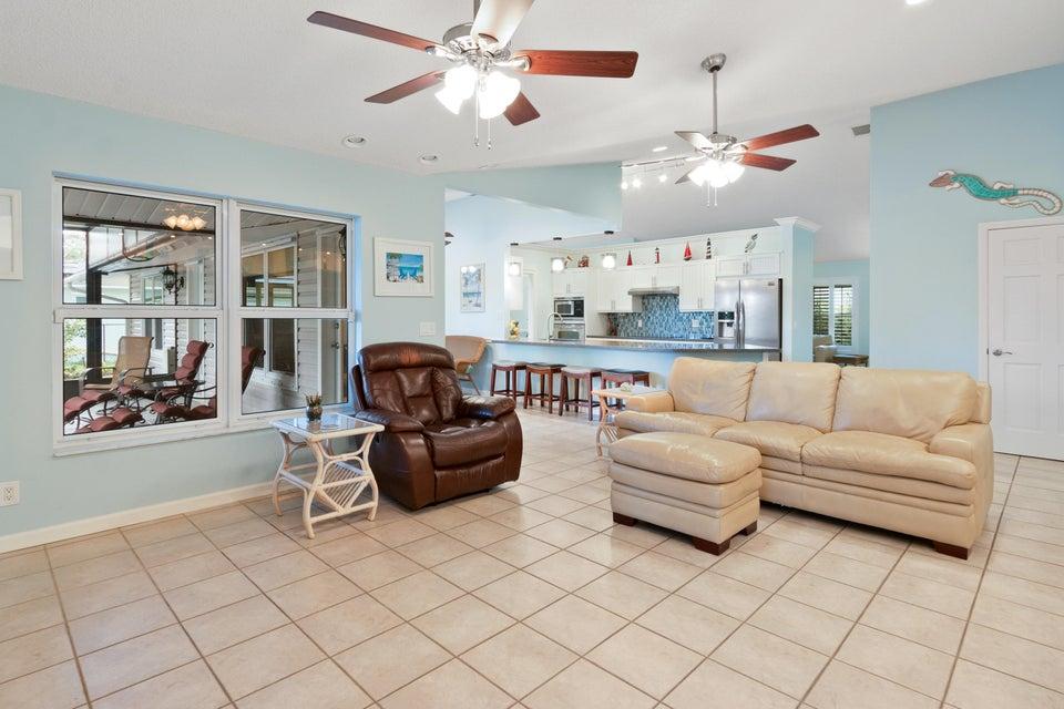 633 East Drive Delray Beach, FL 33445 - photo 12