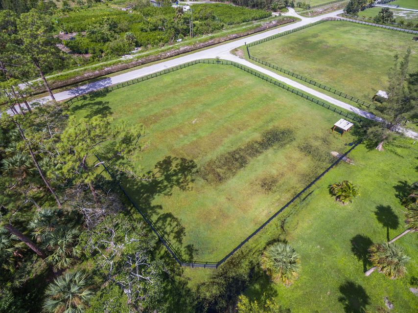 Additional photo for property listing at 2660 F Road 2660 F Road Loxahatchee Groves, Florida 33470 Vereinigte Staaten