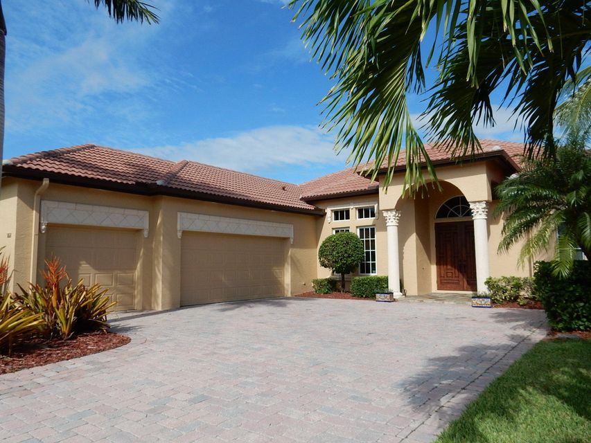 Single Family Home for Sale at 868 SW Piedmont Court 868 SW Piedmont Court St. Lucie West, Florida 34986 United States