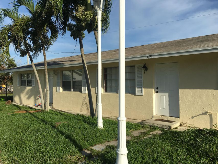 Home for sale in Roan Court In West Palm Beach Florida