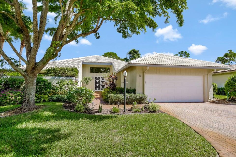 Home for sale in GLENS AT HUNTERS RUN CONDO Boynton Beach Florida