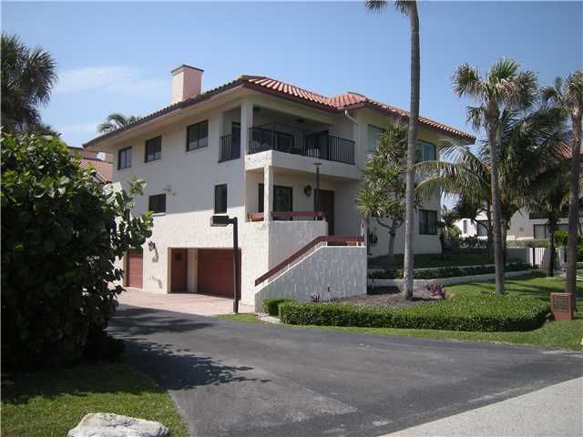 Rentals for Rent at 5450 Old Ocean Boulevard 5450 Old Ocean Boulevard Ocean Ridge, Florida 33435 United States