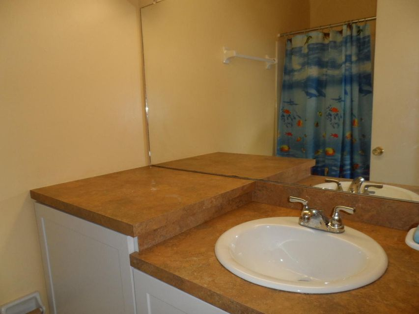 Additional photo for property listing at 120 South Boulevard 120 South Boulevard Boynton Beach, Florida 33435 United States