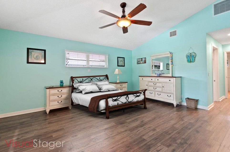 633 East Drive Delray Beach, FL 33445 - photo 13