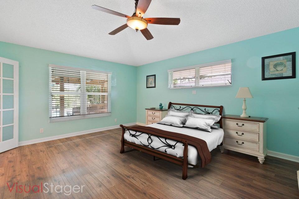 633 East Drive Delray Beach, FL 33445 - photo 14