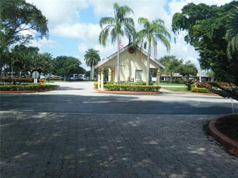 Apartamento para Locação às 1350 The Pointe Drive 1350 The Pointe Drive West Palm Beach, Florida 33409 Estados Unidos