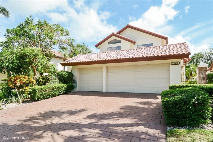 21582 Town Place Drive  Boca Raton FL 33433