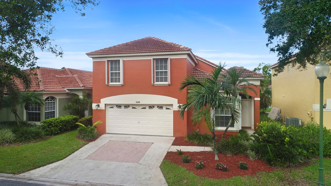 4109 Dakota Place , Palm Beach Gardens FL 33418 is listed for sale as MLS Listing RX-10373165 24 photos