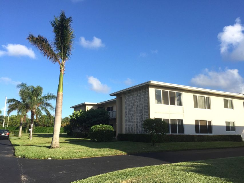 Additional photo for property listing at 100 South Boulevard 100 South Boulevard Boynton Beach, Florida 33435 United States
