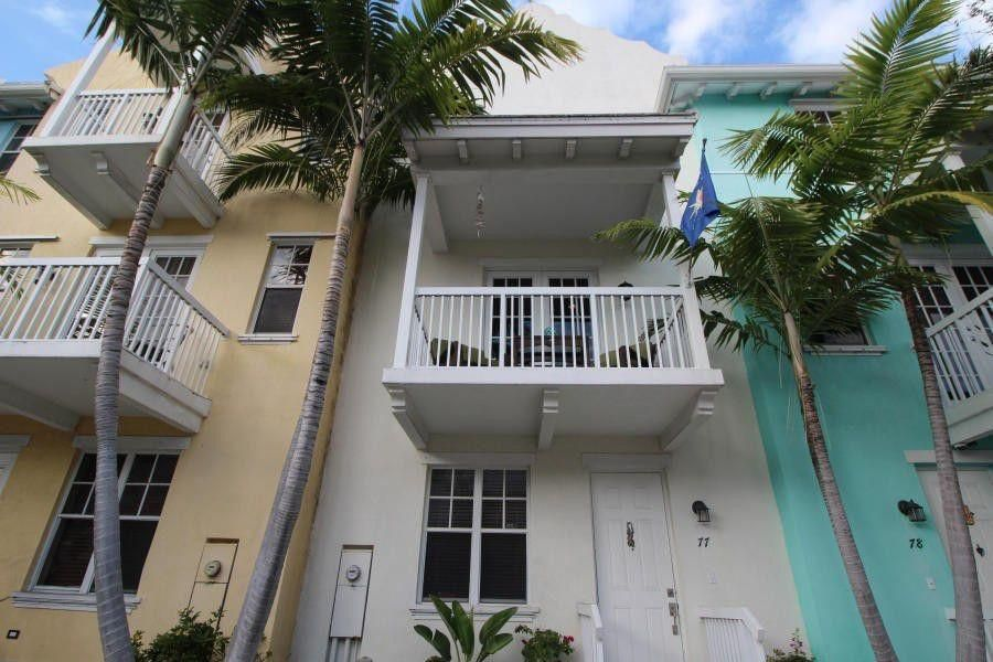 Townhouse for Sale at 810 3rd Avenue N 810 3rd Avenue N Lake Worth, Florida 33460 United States