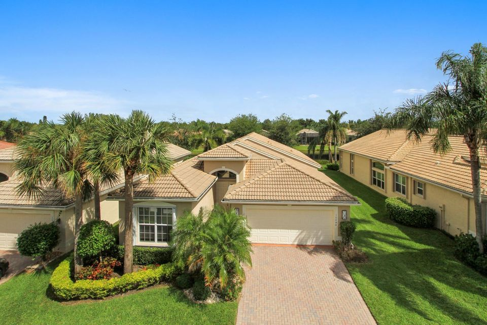 VALENCIA POINTE home 10648 Fawn River Trail Boynton Beach FL 33437