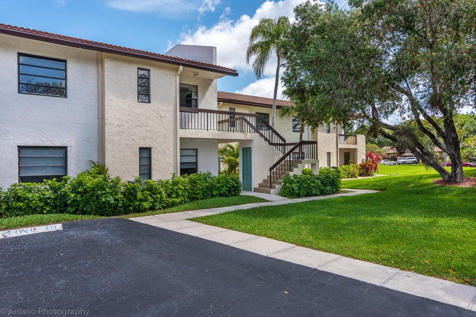 Konsum / Eigentumswohnung für Verkauf beim 21911 Cypress Drive 21911 Cypress Drive Boca Raton, Florida 33433 Vereinigte Staaten