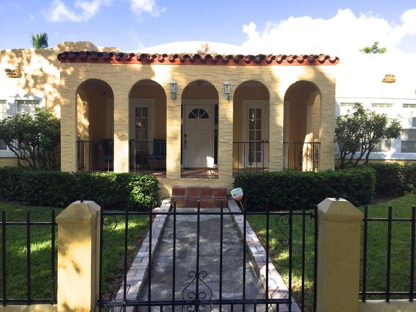 Triplex for Sale at 2015 Lake Avenue 2015 Lake Avenue West Palm Beach, Florida 33401 United States