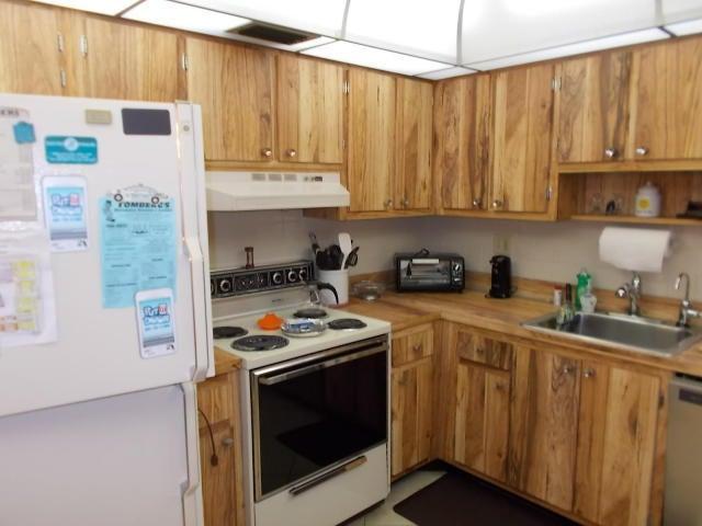Co-op / Condo for Rent at 199 Capri E 199 Capri E Delray Beach, Florida 33484 United States