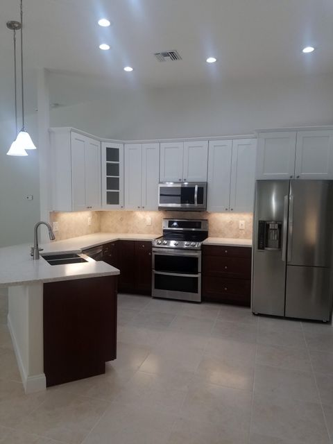 Additional photo for property listing at 3662 SE Forecastle Court 3662 SE Forecastle Court Stuart, Florida 34997 United States