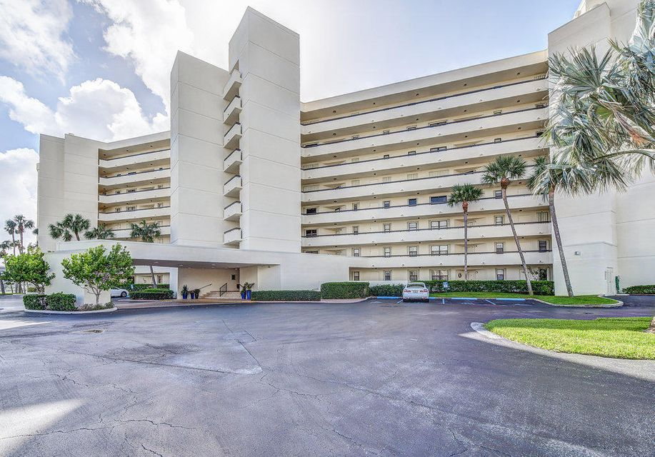 Co-op / Condo for Rent at 19800 Sandpointe Bay Drive 19800 Sandpointe Bay Drive Tequesta, Florida 33469 United States