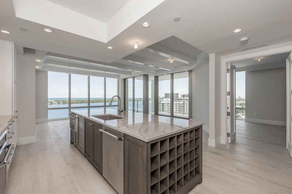 WATER CLUB REALTY