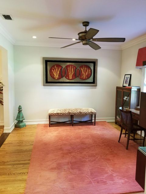 Additional photo for property listing at 220 Dyer Road 220 Dyer Road West Palm Beach, Florida 33405 Estados Unidos