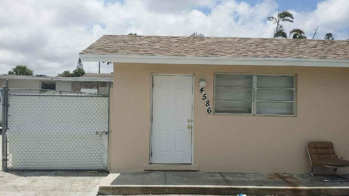 Duplex for Sale at 4586 Elmhurst Road 4586 Elmhurst Road West Palm Beach, Florida 33417 United States