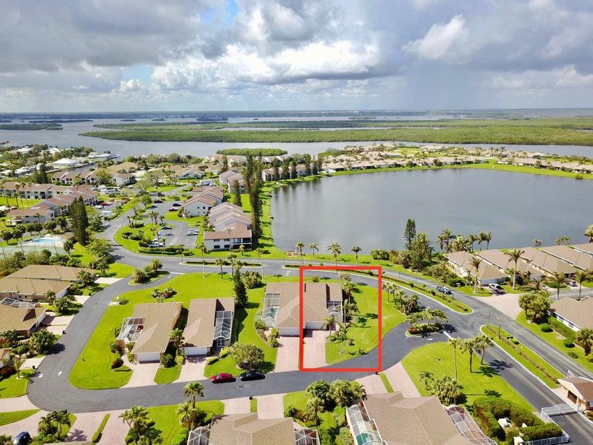 Additional photo for property listing at 202 River  # 18 202 River  # 18 Hutchinson Island, Флорида 34949 Соединенные Штаты